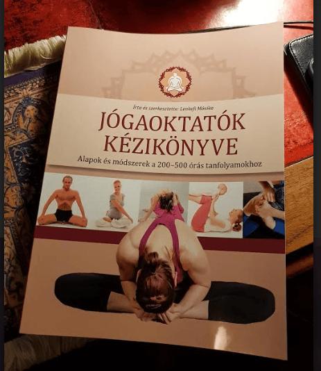 Jógaoktatók kézikönyve